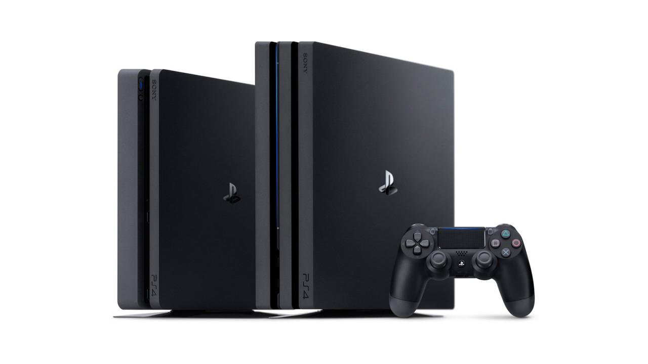 PS4 Pro e PS4 liscia