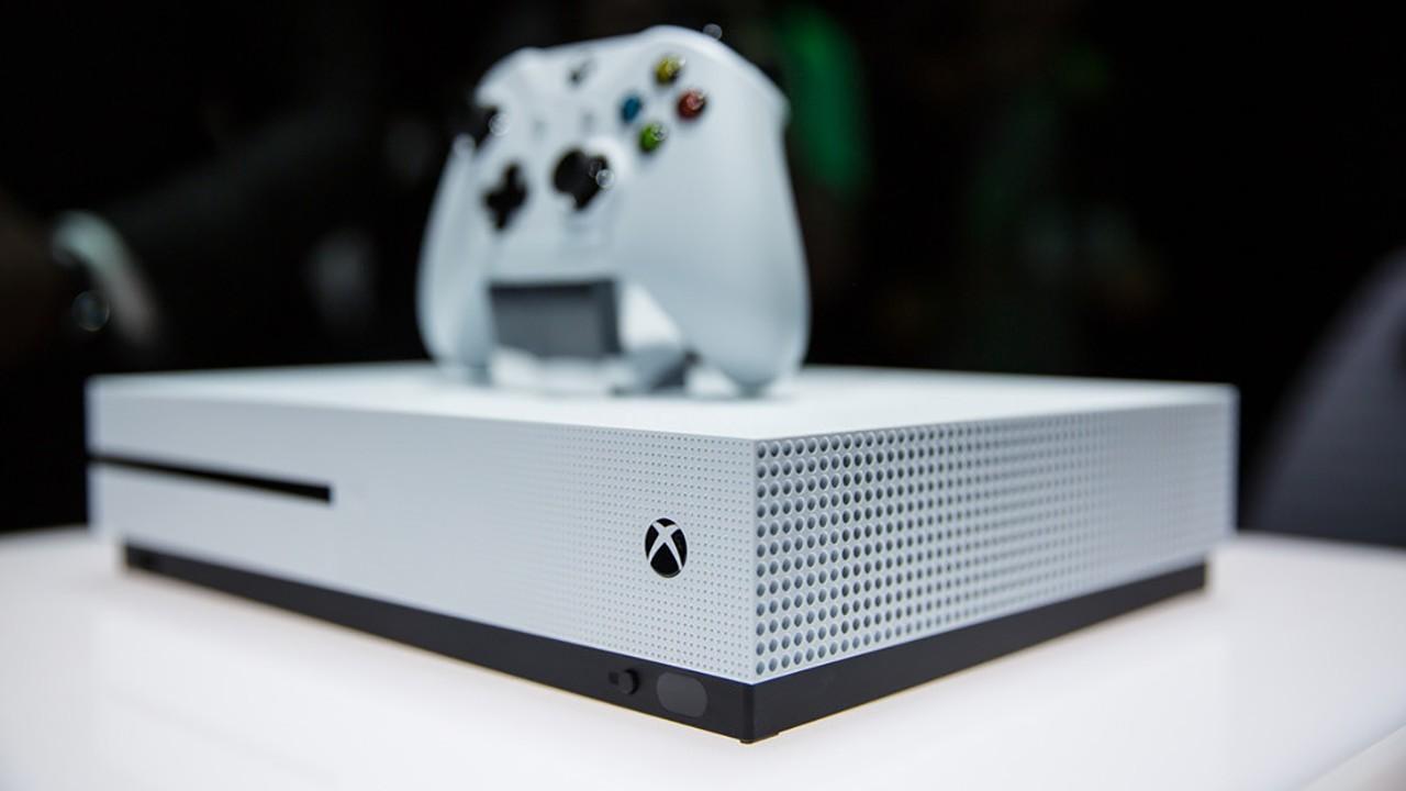 Xbox One S Bianca Foto
