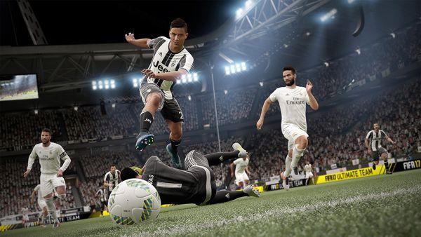 FIFA 17 Dybala Screenshot